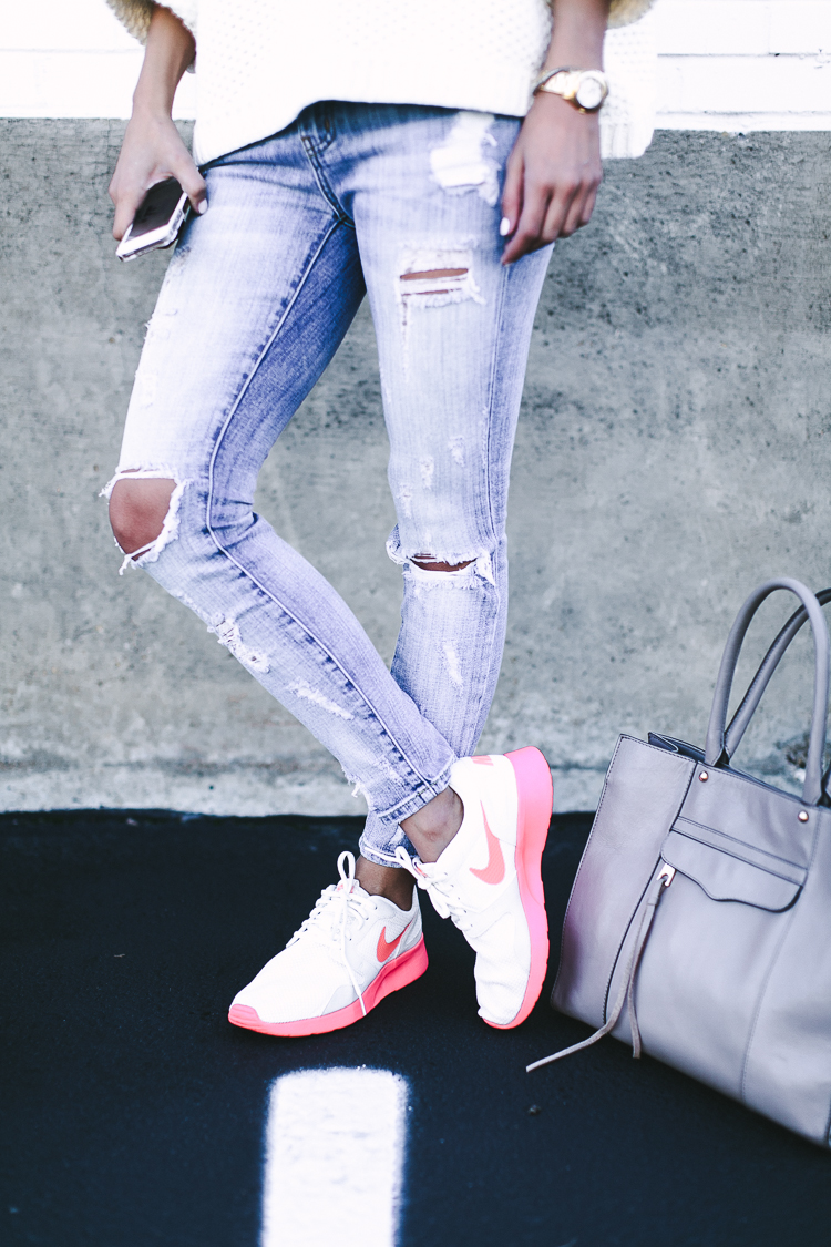 distressed denim current elliott stiletto jeans