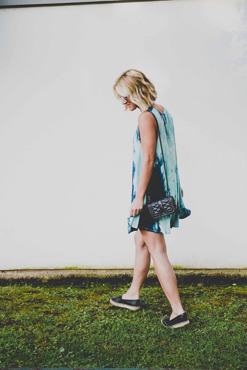 blue_tie_dye_shift_dress