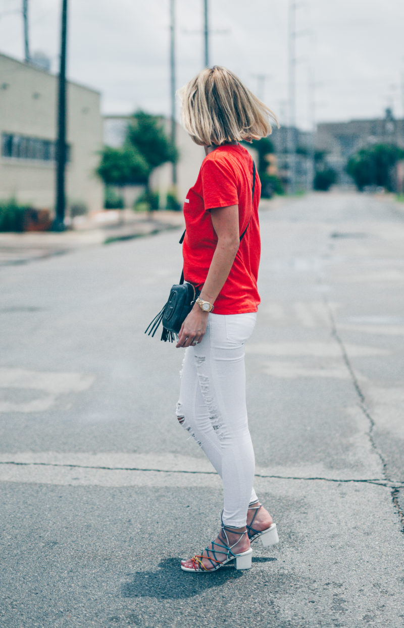 white-jeans-and-red-tee