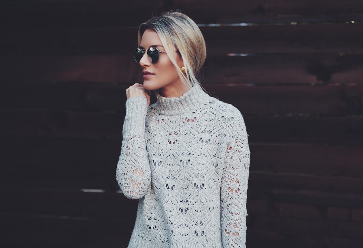 AEO-Mock-Neck-Sweater-grey