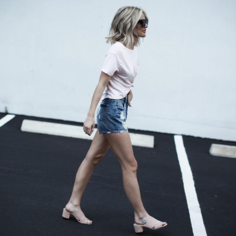 denim shorts and tshirt