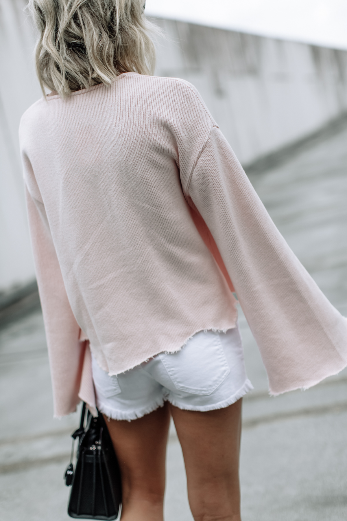 flare sleeve top & shorts on So Sage
