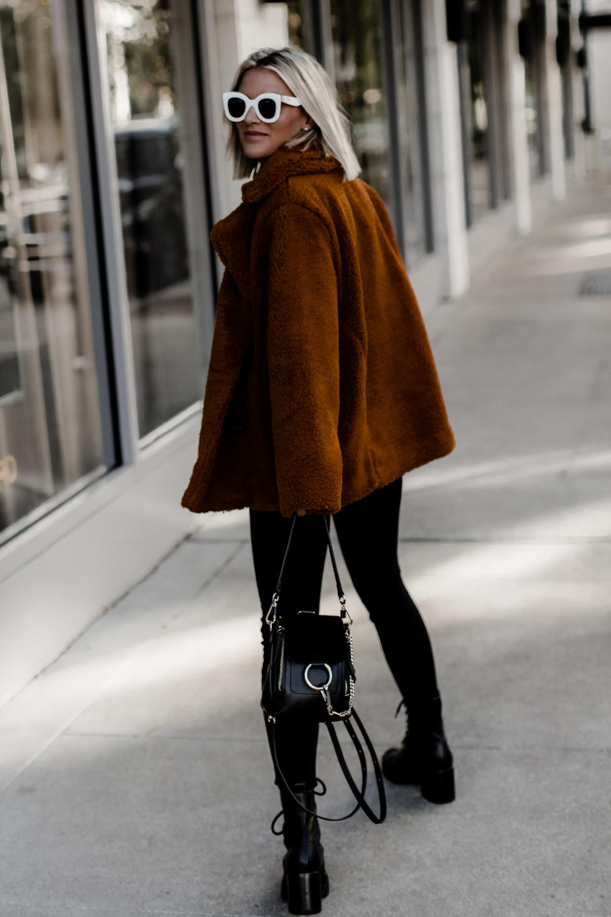 cozy oversized coat on blogger So Sage