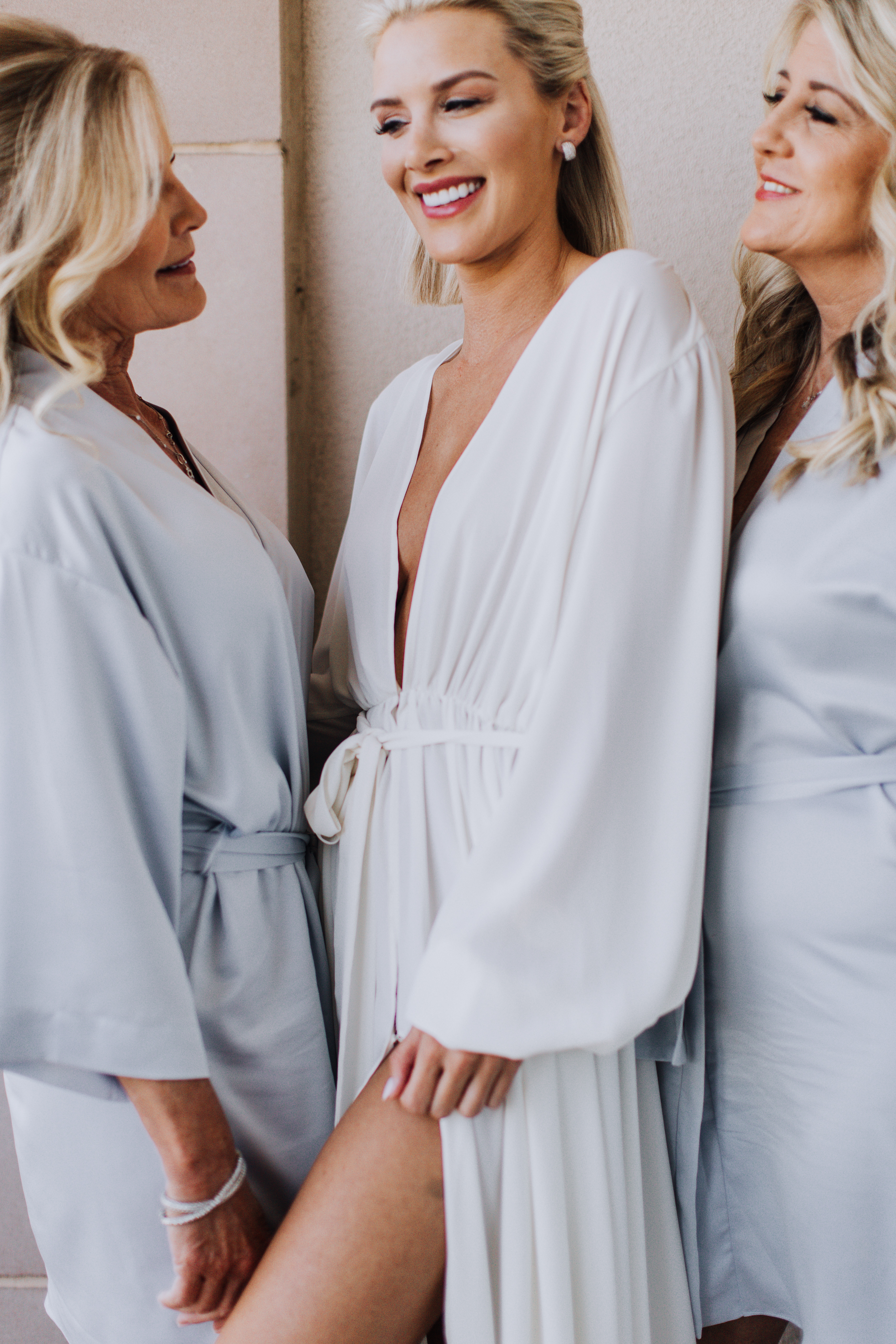 When planning what to gift my bridesmaids, I thought of their favorite things. Like me, my friends are very into fashion and have a classic style.